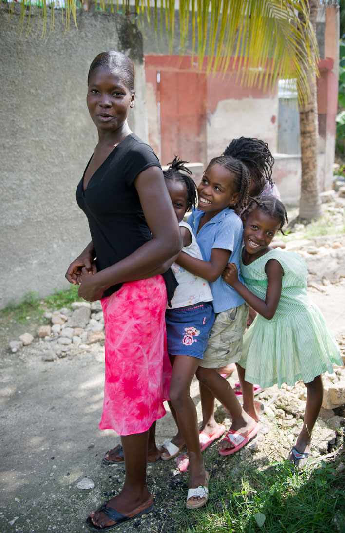Mother and daughters - Leogane, Haiti